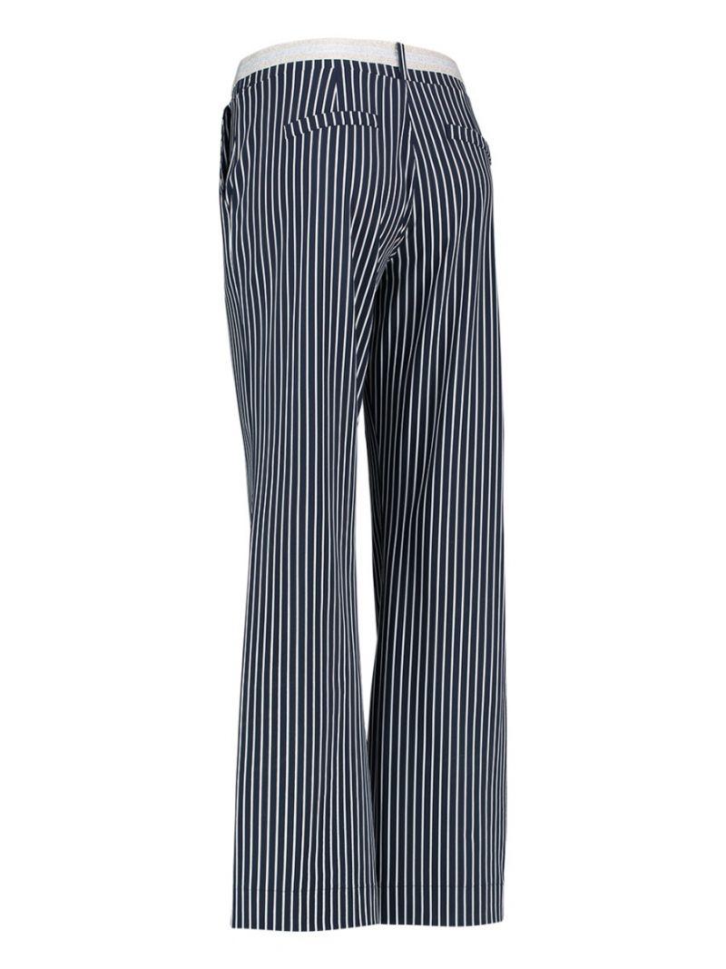 Travel Pants print