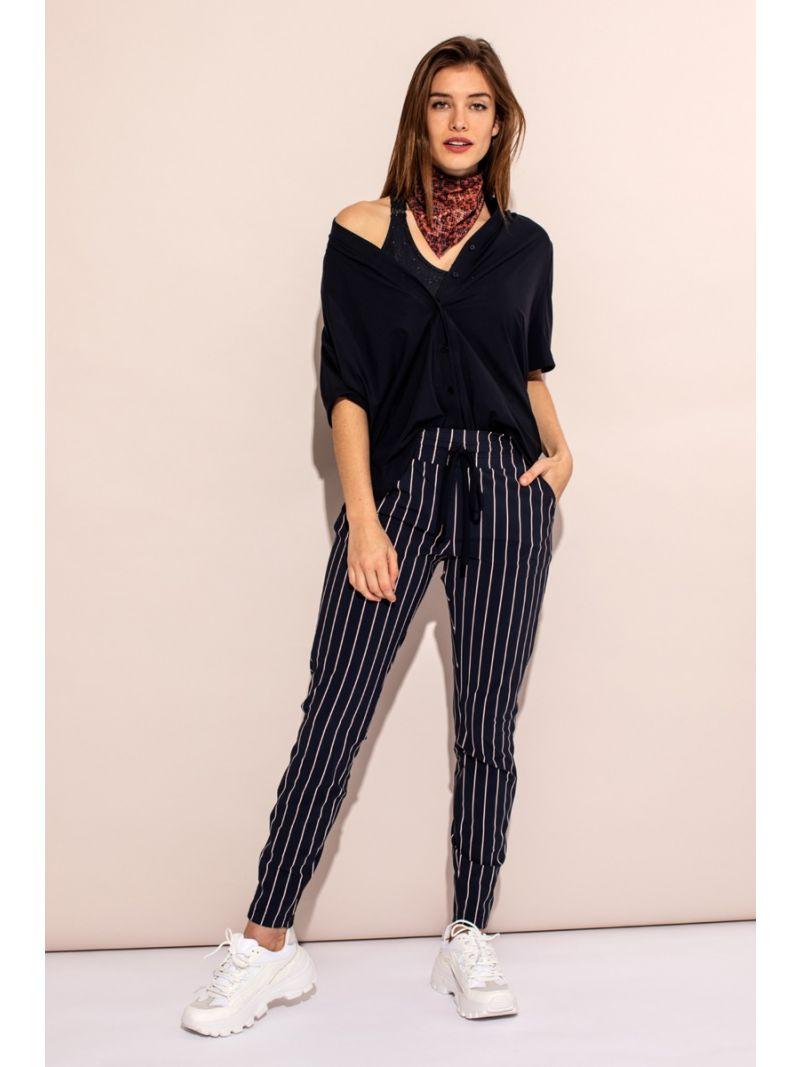 04223 Road Stripe Trousers - Donker Blauw / Off White