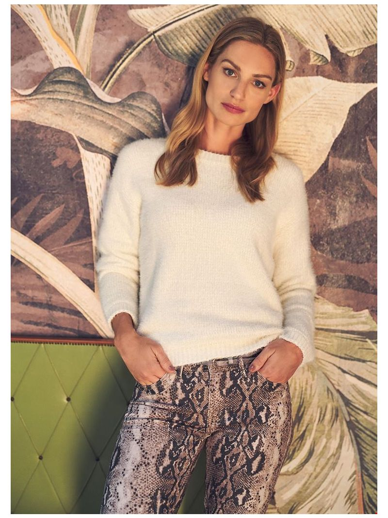Chenille Pullover - Off White